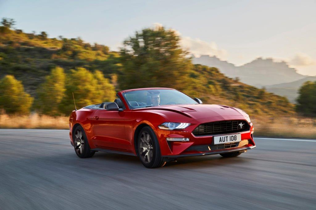 FORD 2019 MUSTANG 4